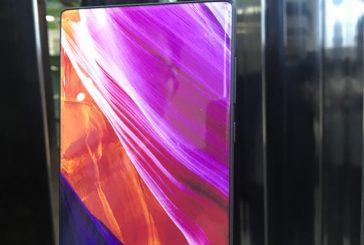 Безрамочный Elephone S8