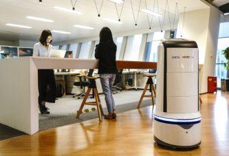 Роботы китайской компании Ele будут доставлять еду в офисы